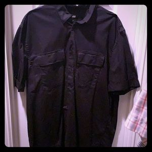 NWOT! 🎉Men's short sleeve shirt